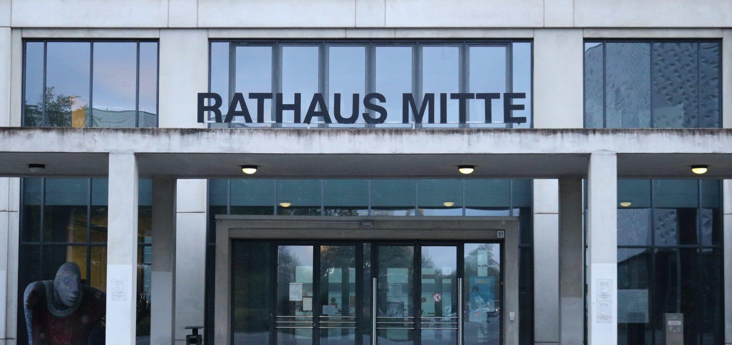 Bürgeramt Rathaus Mitte - 10178 Berlin - Karl Marx Allee 31